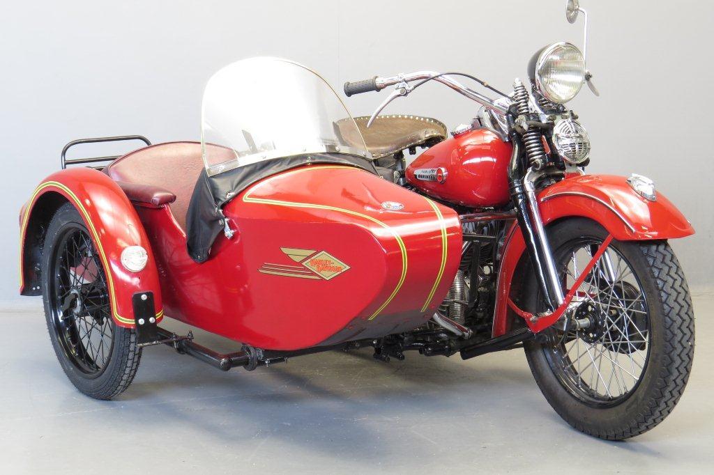 Harley-Davidson-1950-WLH-holl1
